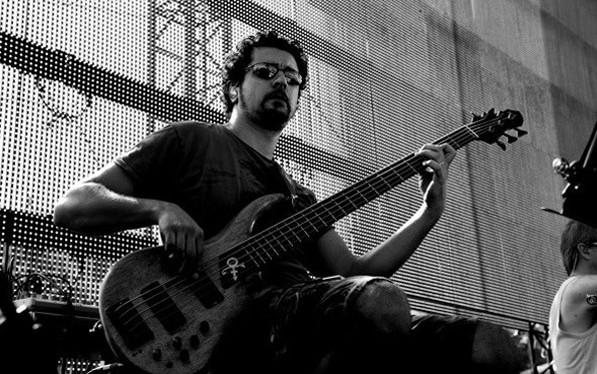 Mario Guarini lezioni di basso pop e jazz corsi professionali di basso