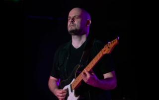 Lorenzo Venza Lezioni di Chitarra rock metal, Corsi professionali di Chitarra, Diploma di Chitarra